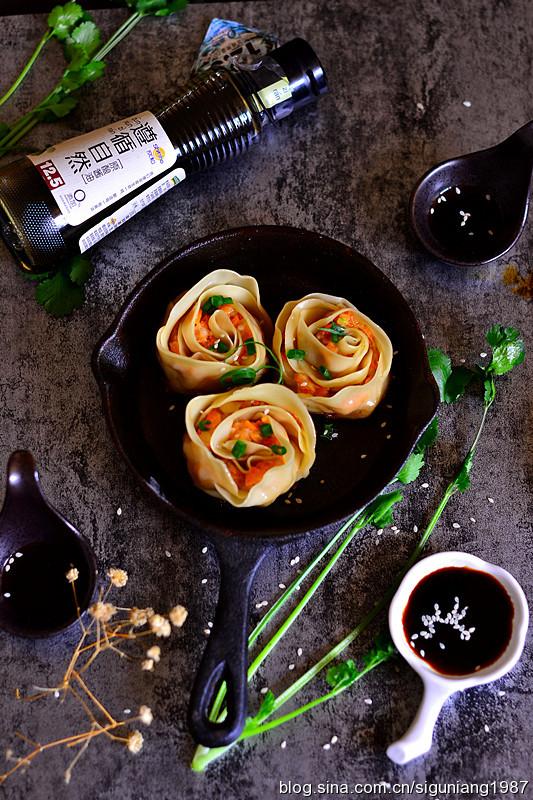 玫瑰花形状的饺子 变着花样来包饺子