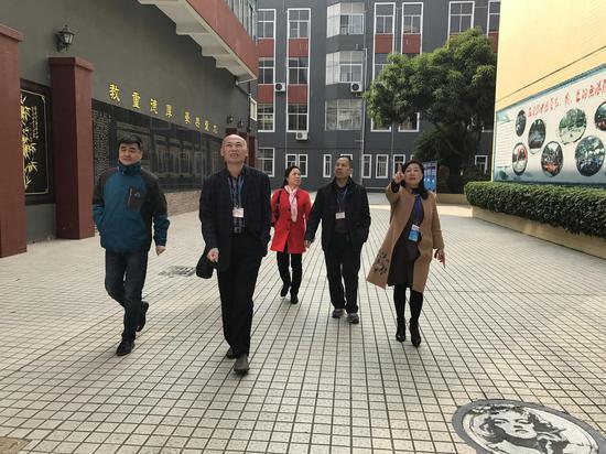 广东省考试院领导一行视察考点工作