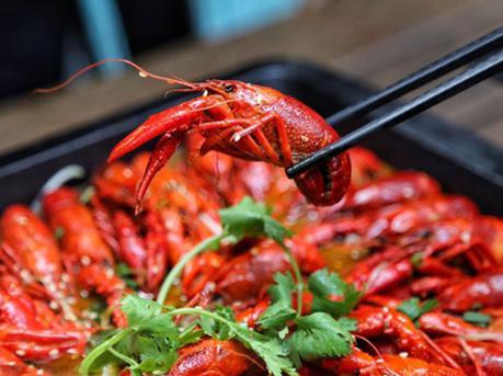 小龙虾捞面好吃到停不下来
