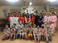 """广州志愿者开展""""温暖朗读者""""关爱困境儿童活动"""