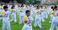 东莞500名学生齐打军体拳