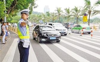 珠海交警开辟绿波救助危难群众