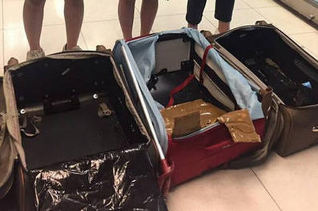 香港机场今年接获五宗机舱盗窃案 失物总值26万港币