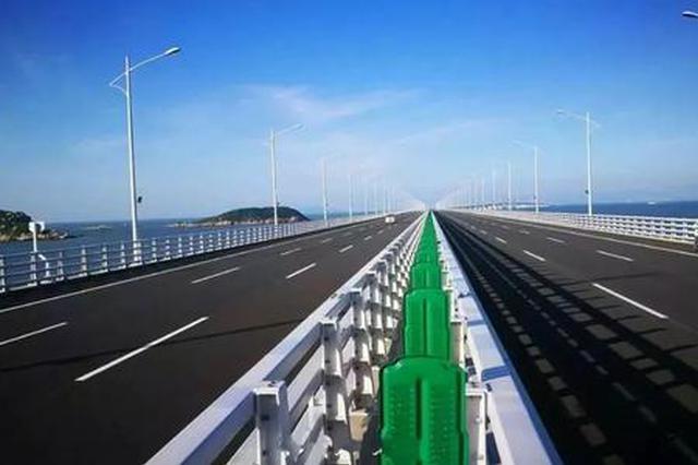 白云机场往返港珠澳大桥关口专巴昨日开通