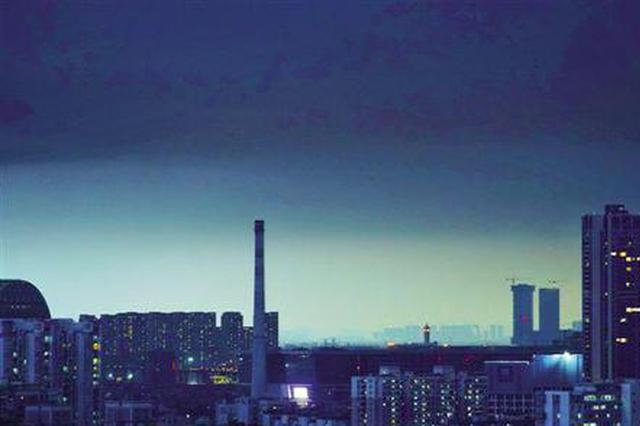 雷雨频繁气温骤降 广州市已进入强对流多发季节