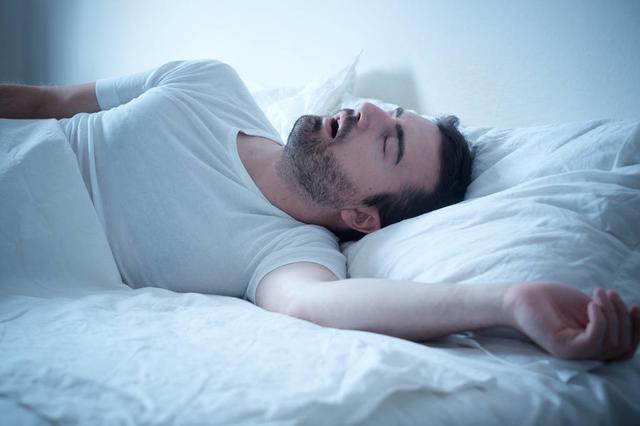 梅州一男子因严重嗜睡被公司解聘 原来是颅内长肿瘤