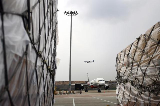 白云机场7月旅客量全国首位 国内旅客量达疫情前九成