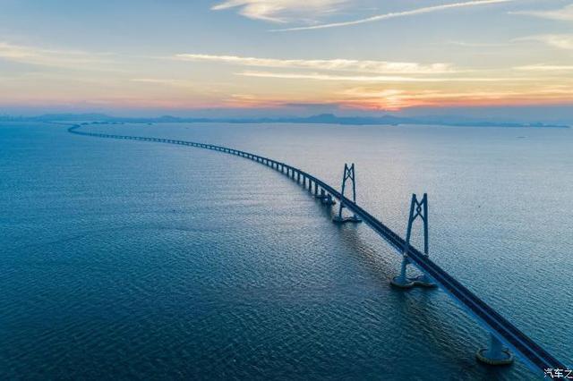 粤港非营运小汽车继续免加签通行港珠澳大桥珠海口岸