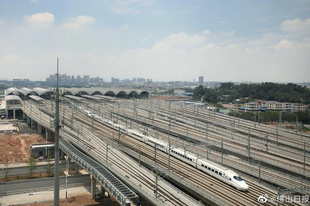佛山地铁三号线首个车站全面完工 明年首通段通车