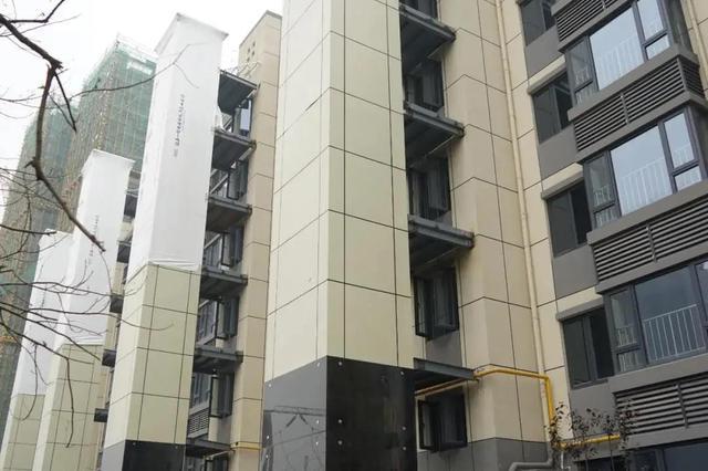 广州规划资源稳步向前 城中老旧小区加装电梯7446台