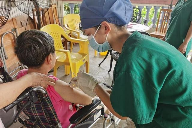 足不出户可接种!荔湾老人院接种疫苗360人次