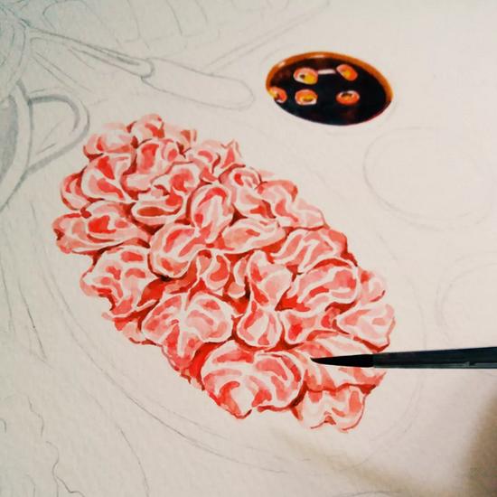 由于之前学习的是中国工笔画,加之她本身心思细腻,对细节极其敏感,陳小如对绘画的工序跟画面细腻感相当讲究