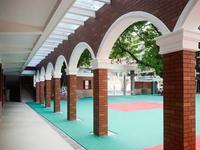 广州小北路小学校园改造惹风波 家长签名反对搬校区