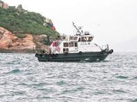 港媒:香港西贡吊钟洲一艘帆船侧翻 至少10人坠海