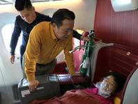 乘客机上发病获深圳外科专家救治