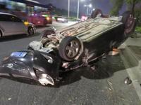 珠海保安驾车霸气掉头引惨案 直行车司机当场丧命
