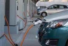 汽车消费回暖 新能源车受关注 黄金周成交增长三倍