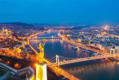 多瑙河上穿越时空的双子城