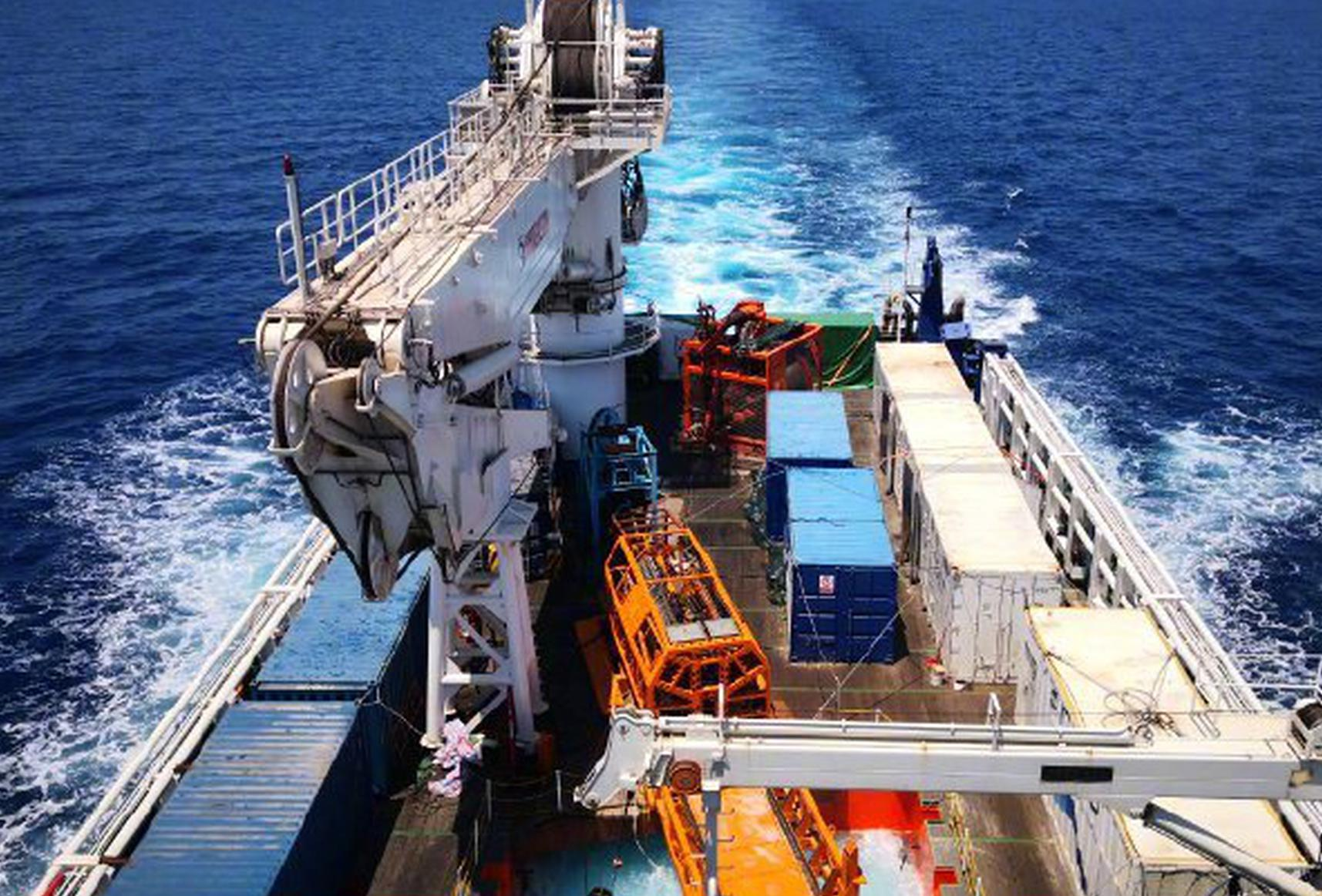 231米 中国海牛Ⅱ号创造深海钻机钻探深度新世界纪录