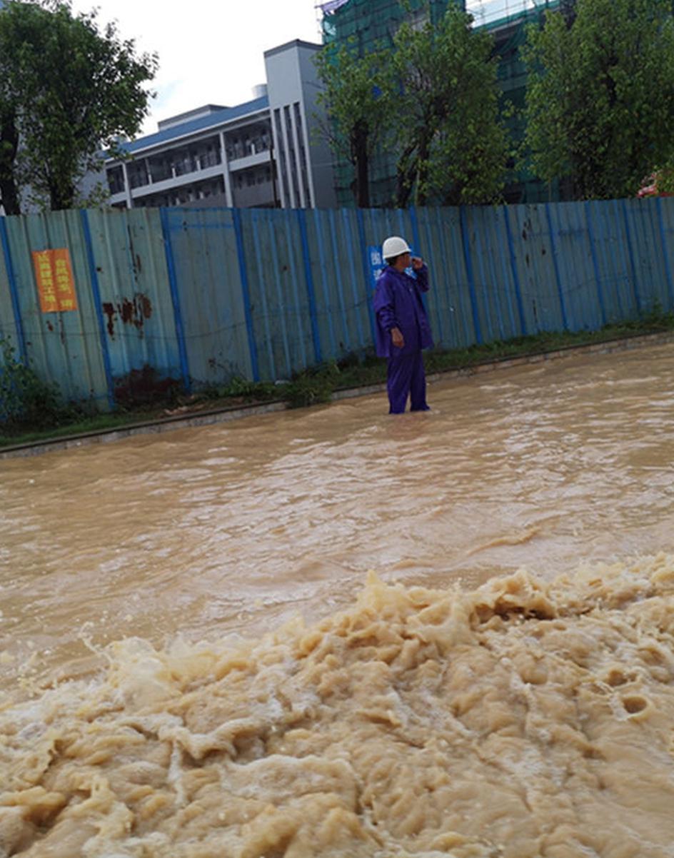 """广东陆河遭遇强降水 开启""""看海""""模式"""