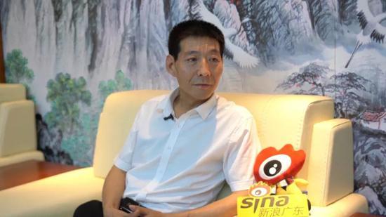 博士梦工场负责人、佛科研究院院长陈建波接受新浪广东采访 摄影/陈丰毅