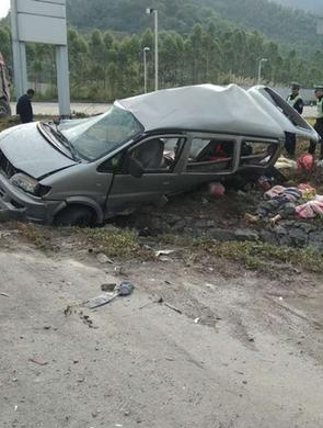 佛山7死2伤交通事故 涉事司机被调查