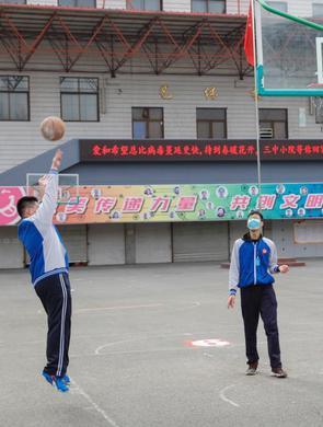 中国9省区高三学生开学
