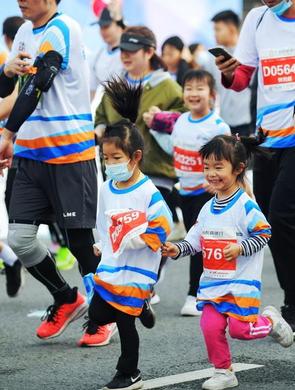 2020广州黄埔马拉松精彩瞬间