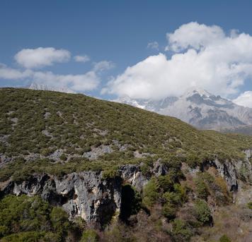 fefe喆妈:玉龙雪山下的蓝月谷