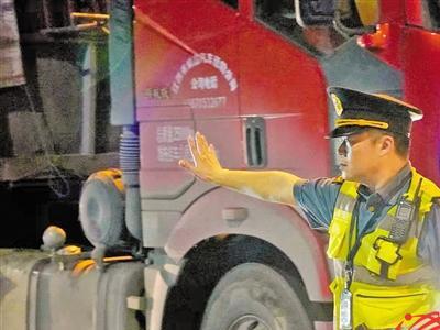 广东实施高速公路入口称重 下周起超载货车禁上高速公路