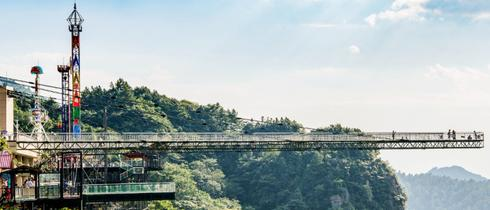 探秘重庆超惊险廊桥