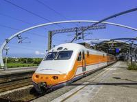 本月28日起广铁增开客车33.5对 成渝方向运能提升