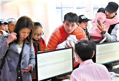 寒潮袭来,感冒儿童增加。 广州日报全媒体记者乔军伟 摄