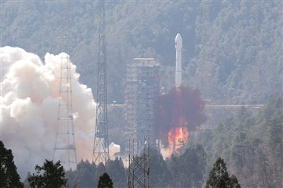 我国在西昌卫星发射中心成功发射第五、六颗北斗三号全球组网卫星。 新华社发