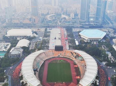 换个角度看广马:航拍2017广州马拉松