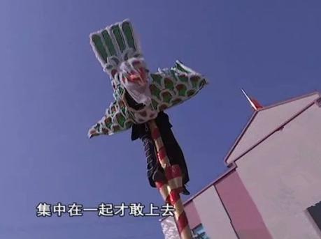 湛江舞鹰雄表演者要在8米高空中360°旋转