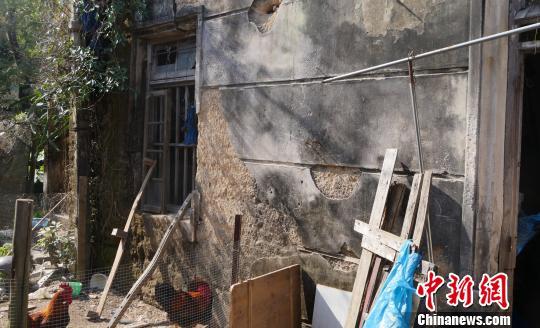 潮汕铁路意溪站损毁严重、残破不堪。 陈启任 摄
