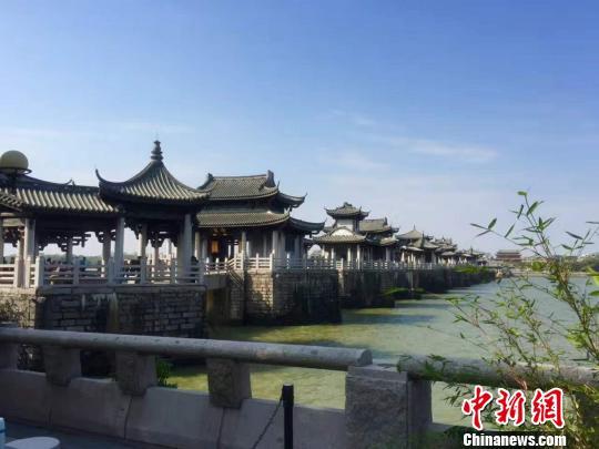 """广济桥入选""""潮州海上丝绸之路文化地理坐标""""。(资料图) 陈启任 摄"""