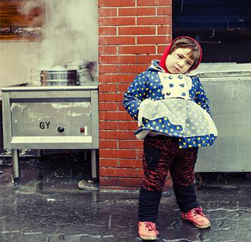 @琰棱:走在乌鲁木齐的街头