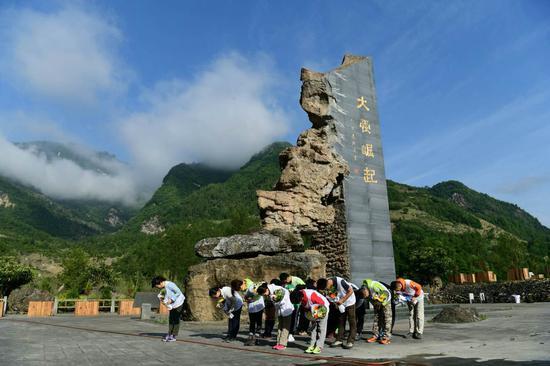 12天,204.9公里,中国距离最长的公益徒步
