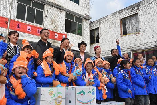 壹基金在贵州投入善款超3700万,近54万人次受益,九成受益儿童感受到快乐
