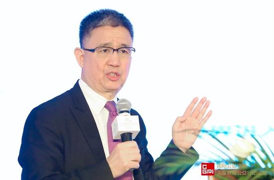 国际公益学院院长、北师大中国公益研究院院长王振耀先生