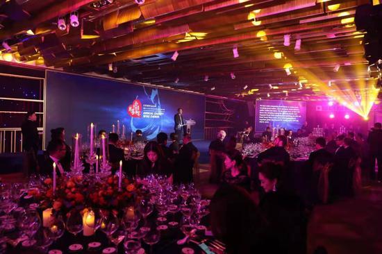 北京香港马会会所 2019年第十二届慈善酒宴圆满落幕