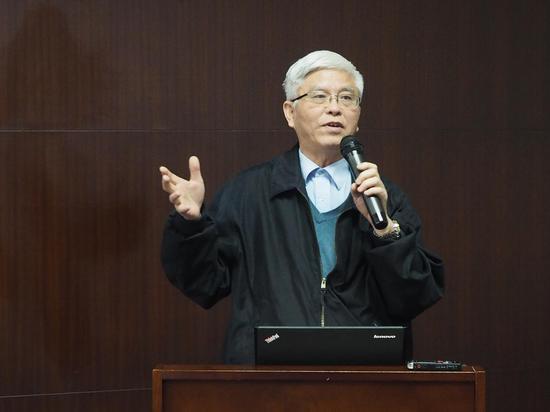 上海社科院研究员卢汉龙