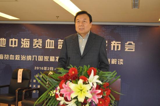 全国政协委员李晓林在会上发言