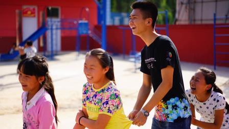 索尼梦想教室北京航天航空大学支教队伍在山西省中阳县河底小学