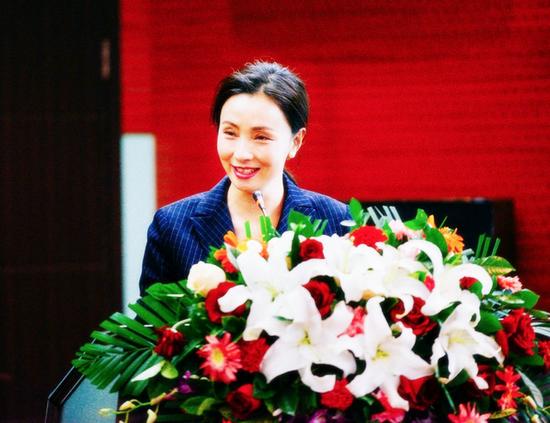 TST品牌创始人,著名女演员,中华儿慈会爱心大使陶虹现场分享