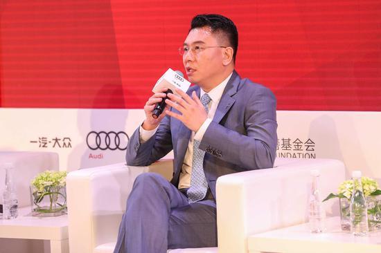 一汽-大众奥迪销售事业部副总经理于秋涛分享奥迪在企业公益创新方面的心得体会