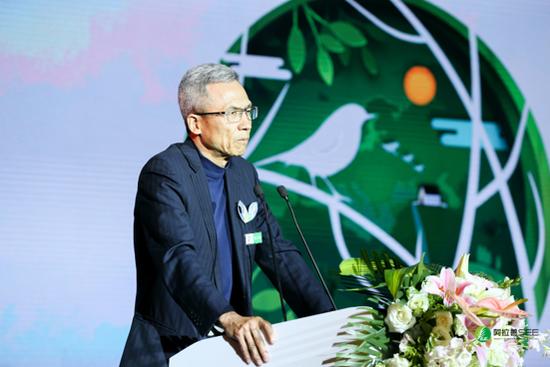 阿拉善SEE基金会理事长、中欧国际工商学院经济学与金融学教授 许小年