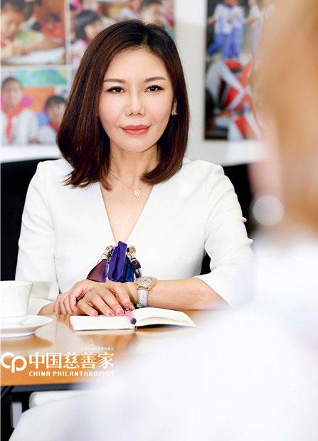 童书盟:彩虹公益基金会创始人、理事长